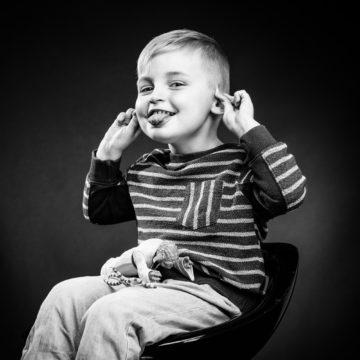 NICOLAS RAVINAUD PHOTOGRAPHE PERIGUEUX DORDOGNE PORTRAIT SEANCE STUDIO FAMILLE ENFANTS FRATRIE - 030
