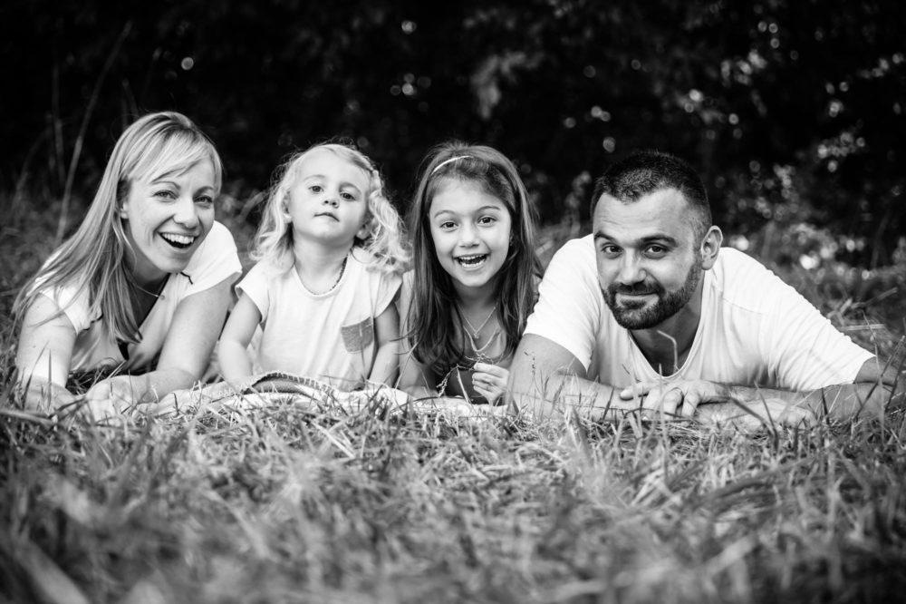 NICOLAS RAVINAUD PHOTOGRAPHE DORDOGNE PERIGUEUX PHOTO PORTRAITS - EXTERIEUR - FAMILLE -072
