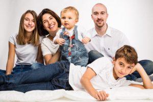 portrait famille photo couleur studio photo périgueux dordogne
